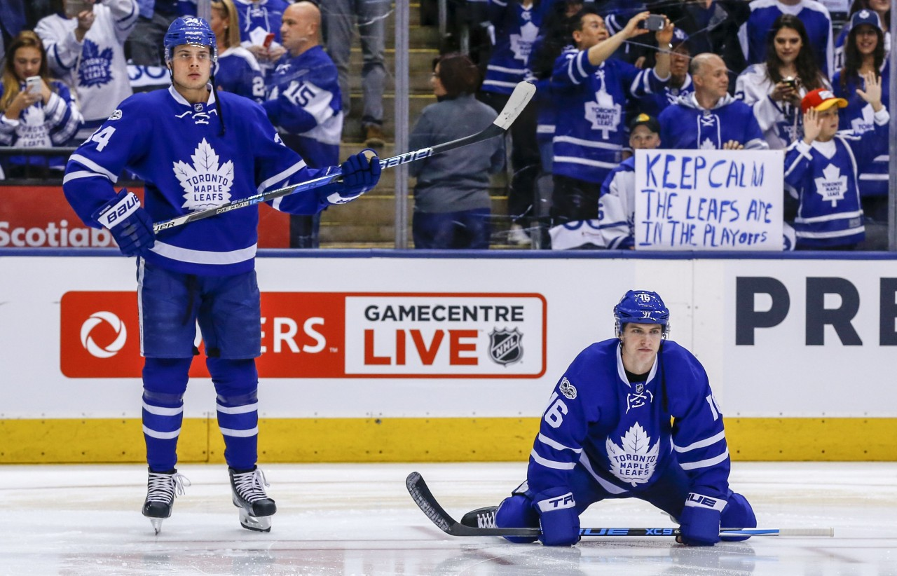 Maple Leafs unveil  Toronto Arenas  jerseys for Dec. 19 game 661990137